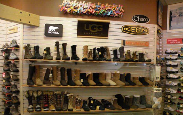 Comfort Shoe Wall